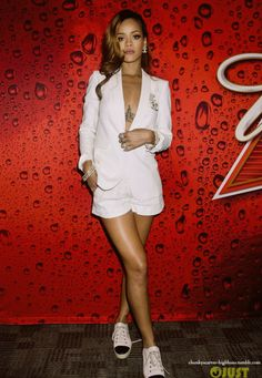 white short suit on rihanna #riri #rihanna