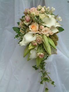 naturel flowers bridal bouquet pastel