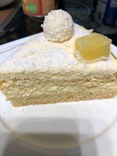 Vanilla Cake, Desserts, Food, Diy Home Crafts, Vanilla Sponge Cake, Meal, Deserts, Essen, Hoods