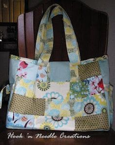 Hook 'n Needle Creations: the Louisa Bag -like the side ties & other ideas