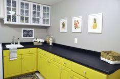 Painting Laminate Cabinets, Chalk Paint Cabinets, Laminate Furniture, Painting Countertops, Laminate Flooring, Chalkboard Paint Furniture, Paint Laminate Countertops, Slate Countertop, Diy Countertops