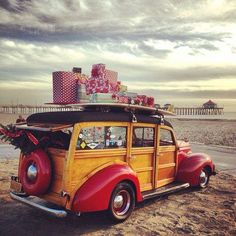 Courtesy of Walden Surfboards....Nothing like a Christmas Woodie Wagon loaded with presents!