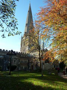 Autumn colours at Leighton Buzzard church.