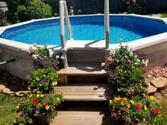 Backyard Pool Designs, Backyard Patio, Backyard Toys, Doughboy Pool, Round Above Ground Pool, Pool Deck Plans, Above Ground Pool Landscaping, Pool Steps, Small Swimming Pools