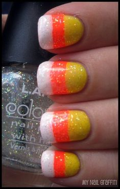 Easy candy corn design for halloween! now I want candy corn Fancy Nails, Love Nails, Diy Nails, How To Do Nails, Pretty Nails, Do It Yourself Nails, Do It Yourself Fashion, Halloween Nail Designs, Halloween Nail Art