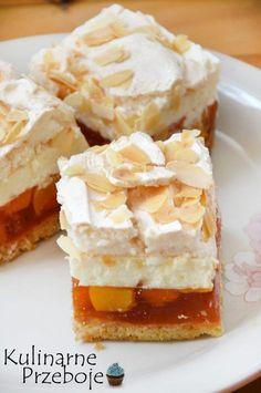 Kawałki delikatnego ciasta brzoskwiniowa chmurka Chesee Cake, Cake Bars, No Bake Cake, Sweet Desserts, Sweet Recipes, Cake Recipes, Dessert Recipes, Polish Desserts, Polish Recipes