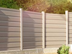 Awesome #FenceConstruction in affordable prices by #FenceContractorsBronx. Click http://www.generalroofingcontractorsbronx.com/fence/ for more details..