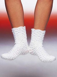 Footloose Lacy Tube Sock - Socks for crocheters! Heres a simple-to-make tube sock that fits most foot and leg measurements. No heels or gussets. Made with sport weight yarn and sizes F G and H crochet hooks. One size fits most Crochet Boots, Crochet Slippers, Knit Or Crochet, Crochet Crafts, Crochet Clothes, Crochet Stitches, Crochet Projects, Free Crochet, Crotchet Socks