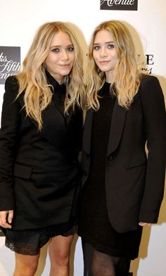 Mary-Kate and Ashley Olsen // wavy hair, black dresses and blazers #style #fashion #allblack