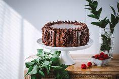 Pätkis-vadelmatäytekakku – Viimeistä murua myöten Spicy, Food And Drink, Baking, Sweet, Desserts, Candy, Tailgate Desserts, Deserts, Bakken