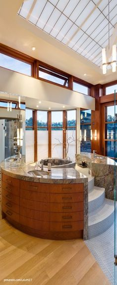 Bathroom Skylights! Wonderful tub with built in drawers!  ❤