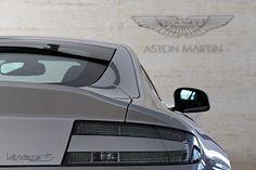 Aston Martin Vantage S ♕ The Luxury Side of Life ♕ Aston Martin Vantage S, Aston Martin Vanquish, Royce, Jaguar, Cheap Mens Fashion, Bmw, Trucks, Car Car, Sport Cars