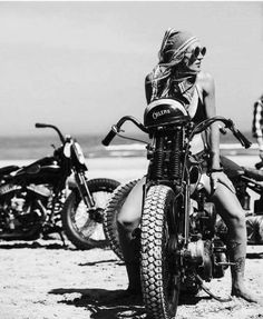 caixabox fast bikes and girls