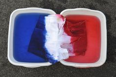 How to dip-dye shorts red, white and blue for July 4th with Rit DYe.