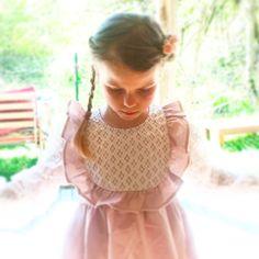 Vintage dresses by www.feenland-design.com