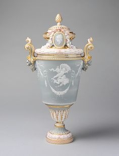 Vase with cover Sèvres Manufactory  (French, 1740–present)