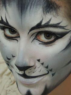 Maquillaje Cats, Make up by Domitila. Famous Musical Cats - Munkustrap.