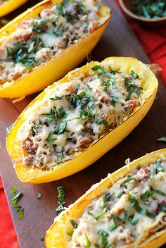 Cheesy Spaghetti Squash Boats with Spicy Sausage   Eat Yourself Skinny - 7p+ / 1 boat (1/4 of recipe)