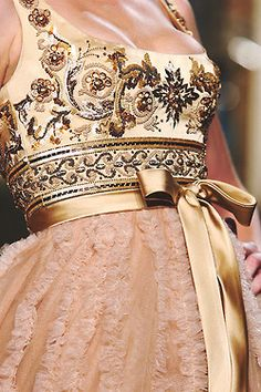 Zuhair Murad haute couture details spring/summer 2007. The embroidery looks like a Pierre Balmain gown from the paste....