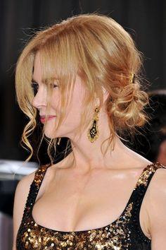Chignon morbido con fermaglio gioiello per Nicole Kidman