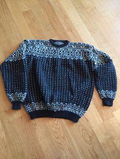 Telemark Pullover, Sweaters, Fashion, Moda, Fashion Styles, Sweater, Fashion Illustrations, Sweatshirts, Pullover Sweaters