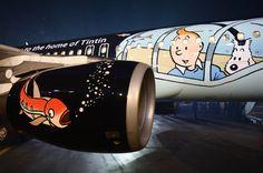 Hups, ein fliegender Fisch! Die Comicfiguren Tim und Struppi sind jetzt auf einem Airbus A320 der Brussels Airlines zu sehen.