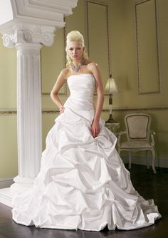 europe wedding dresses - Google Search