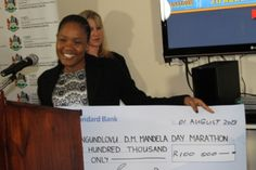 #MandelaMarathon #ROC Receives cheque for 100K from @StandardBankSA #SilverSponsors