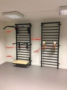 √ Best Home Gym Ideas and Gym Rooms for Your Training Room A home gym is a fantastic way to conserve money. Take a look on top home gym ideas in addition to little exercise room ideas for your home. Home Made Gym, Diy Home Gym, Home Gym Decor, Best Home Gym, Home Gym Basement, Home Gym Garage, Gym Room At Home, Home Gym Mirrors, Home Gym Flooring