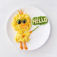 Pin for Later: 61 Food Art Ideas For Kids That Are Almost Too Cute to Eat B is for Big Bird Scrambled eggs with a side of ABCs. Easy Food Art, Food Art For Kids, Diy Food, Cute Snacks, Cute Food, Funny Food, Dinners For Kids, Kids Meals, Popsugar
