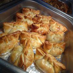 Fresh batch of Chicken empanadas ready to go! #empanadas #lunch #nahuen #doral