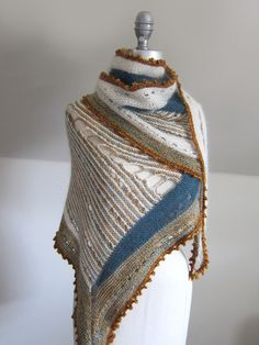 Inspiration from espacetricot blog. Design by Stephen West. pattern on Ravelry--must do