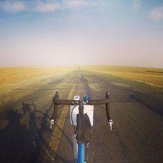 Riding Inner Mongolia, a rocky desert #day6 #innermongolia #china #cyclingshots #biketouring #cycletouring #bikelife #desert #surly #behindbars #beijingtotehran