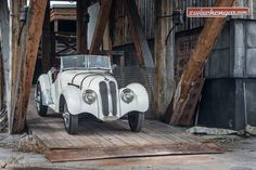 Bmw 328, Bavarian Motor Works, Bmw Classic Cars, Bmw Cars, Sport, Rolls Royce, Cars And Motorcycles, Vintage Cars, Automobile