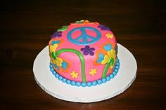 Debbie's Hippie Birthday Party Cake and Cupcakes Marble Cake covered in Fondant Chocolate and Vanilla Cupcakes with Buttercream Fros. Peace Sign Cakes, Peace Cake, Hippie Birthday Party, Hippie Party, 60th Birthday Cakes, Birthday Ideas, 60 Birthday, Birthday Parties, Hippie Cake