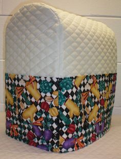Cream Quilted Kitchen Theme Cover for 4.5, 5 and 6qt Kitchenaid Lift Bowl Stand Mixer w/6 Pockets