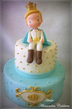 If a little girl gets a princess cake, why not do a little prince cake for that little boy in your life?  Fair is fair, after all.