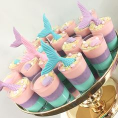 The most amazing desserts I have ever tasted! Little Mermaid Cakes, Mermaid Birthday Cakes, Little Mermaid Birthday, Little Mermaid Parties, Dessert Table Birthday, Girl Birthday Themes, Cute Desserts, Party Cakes, American History