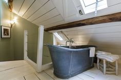 Entire home/apt in Paris, FR. Atypical duplex in this historical & hype district, building XVIII century Mix of brocante & design furnitures Romantic & calm bedroom under the roofs with a bath to look at the stars from