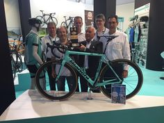 LottoNLJumbo Cycling @LottoJumbo_road Wow! Congratulations @BianchiOfficial on winning the bike of the year trophy! #Specialissima #Eurobike pic.twitter.com/X6IE1YXfCd