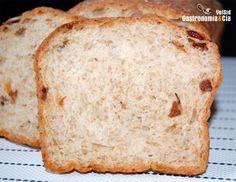 Pan de molde con pasas y yogur