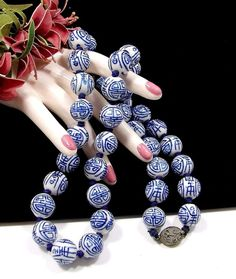 Vintage Hand Painted Blue White Porcelain Oriental Chinese Knotted Necklace!