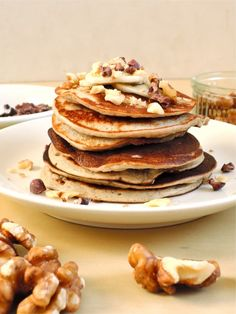 17. Two-Ingredient Pancakes #healthy #quick #recipes https://greatist.com/health/52-healthy-meals-12-minutes-or-less