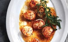 Scallops with Herbed Brown Butter #glutenfree #mediterraneandiet #dinnerideas #scallops