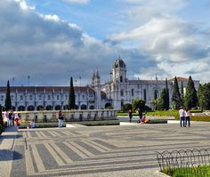 Mosteiro dos Jeronimos, Lisbon   11 Must-See attractions in Portugal