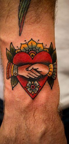 64 New Ideas tattoo traditional american men ink Arm Tattoo, Body Art Tattoos, Hand Tattoos, Sleeve Tattoos, Tattoo Crown, Garter Tattoos, Rosary Tattoos, Bow Tattoos, Bracelet Tattoos