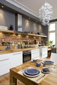 50 Best Kitchen Cabinets Design Ideas To Inspiring Your Kitchen 40 kitchen Modern Kitchen Interiors, Kitchen Cabinet Design, Home Decor Kitchen, Farmhouse Kitchen Design, Kitchen, Diy Kitchen, Cool Kitchens, Kitchen Interior Design Modern, Kitchen Dining Room