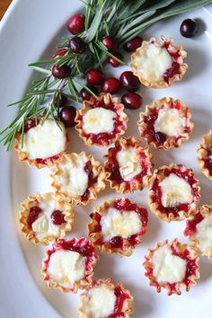 Thanksgiving Recipe - Cranberry Brie Bites - Finding Home Farms - Lecker. Brie Bites, Canadian Thanksgiving, Thanksgiving Side Dishes, Appetizers For Thanksgiving, Easy Holiday Appetizers, Thanksgiving Dinner Menu, Christmas Dishes, Fall Dinner, Christmas Parties