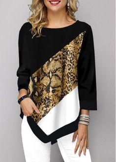Shop damesmode tops, blouses, t-shirts, gebreide kleding online Animal Print T Shirts, Shirt Print, Trendy Tops For Women, Stylish Tops, T Shirt Diy, Mode Style, Ideias Fashion, Knitwear, Clothes For Women