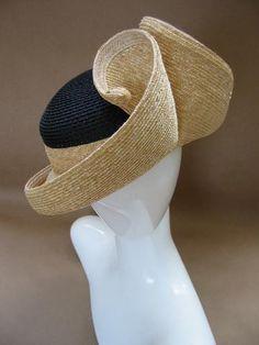 Ignatius Creegan and Rod Givens Caroline Reboux, British Hats, Fascinator Hats, Fascinators, Headpieces, Designer Plus Size Clothing, Fancy Hats, Love Hat, Summer Hats